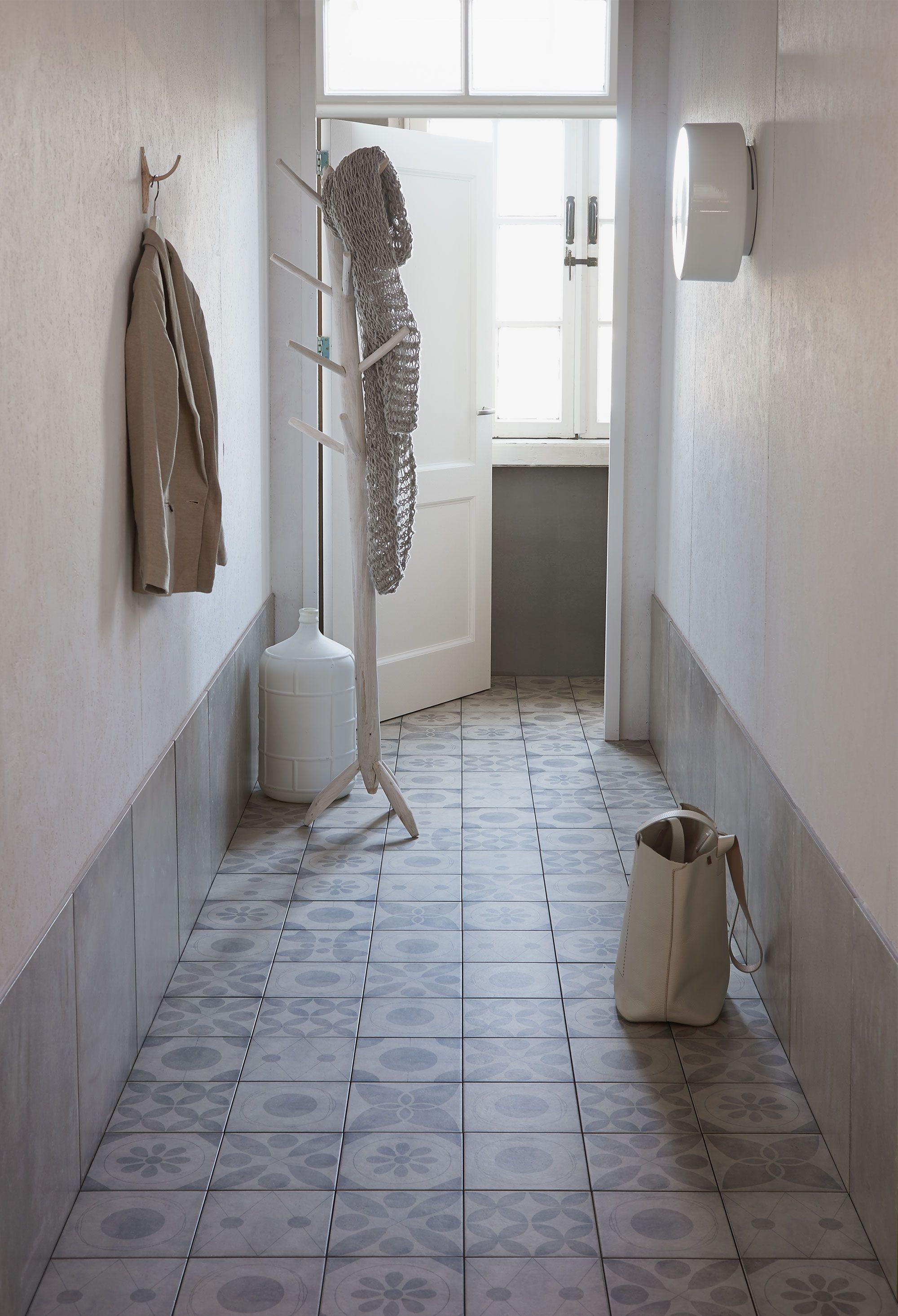 nieuws tegeldepot breidt uit met vtwonen badkamer en